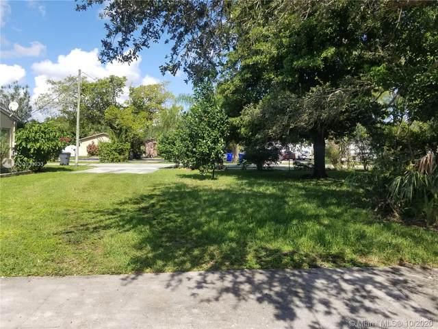 604 Glenn Pkwy, Hollywood, FL 33021 (MLS #A10939930) :: Berkshire Hathaway HomeServices EWM Realty