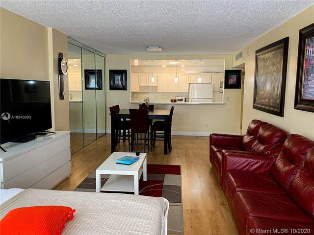 19370 Collins Ave #926, Sunny Isles Beach, FL 33160 (MLS #A10940083) :: Albert Garcia Team