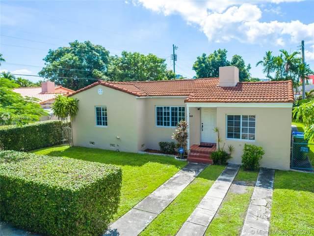 3030 SW 27th St, Miami, FL 33133 (MLS #A10940480) :: Berkshire Hathaway HomeServices EWM Realty