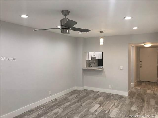 7900 Camino Cir #201, Miami, FL 33143 (MLS #A10940524) :: Berkshire Hathaway HomeServices EWM Realty
