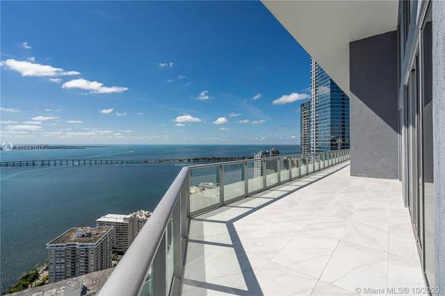 1300 Brickell Bay Dr #4401, Miami, FL 33131 (MLS #A10941017) :: Berkshire Hathaway HomeServices EWM Realty
