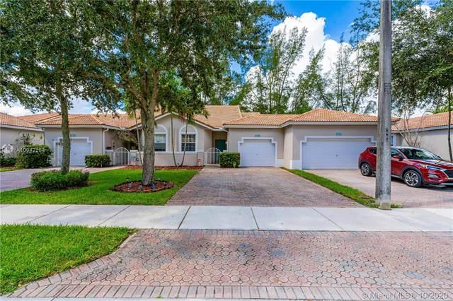 2801 E Aragon Blvd #4, Sunrise, FL 33313 (MLS #A10942264) :: Berkshire Hathaway HomeServices EWM Realty