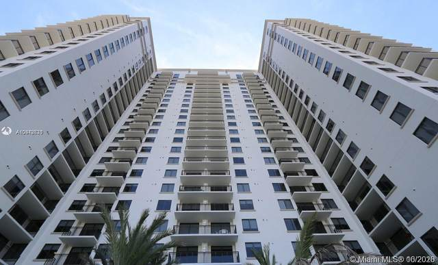 999 SW 1st Ave #1412, Miami, FL 33130 (MLS #A10942631) :: Re/Max PowerPro Realty
