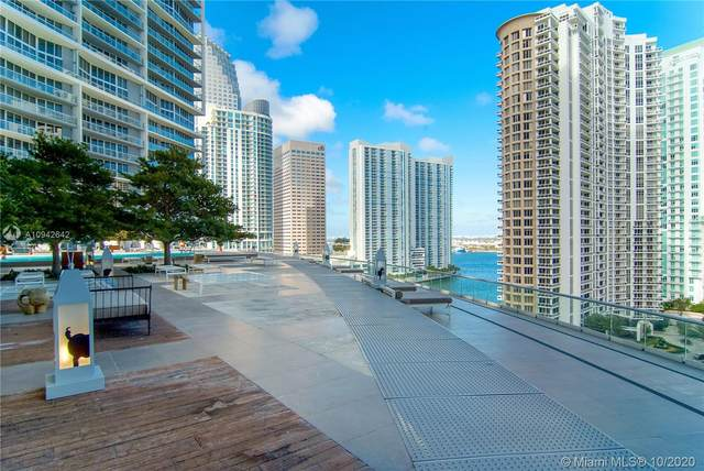 485 Brickell Ave #4009, Miami, FL 33131 (MLS #A10942642) :: The Howland Group
