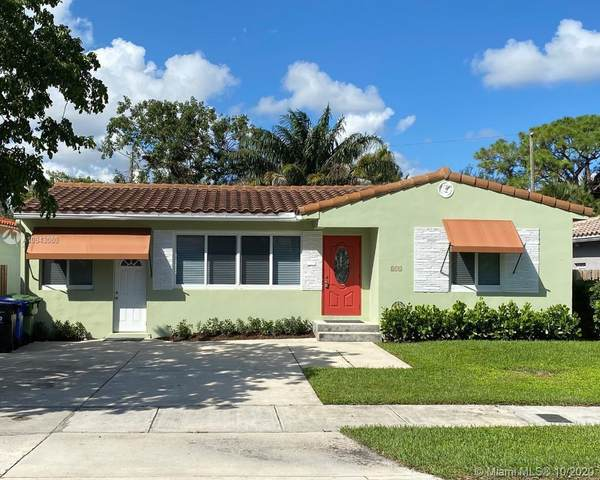 813 SE 11th Ct, Fort Lauderdale, FL 33316 (MLS #A10943080) :: The Riley Smith Group