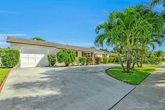 428 Alemeda Dr, Palm Springs, FL 33461 (MLS #A10943122) :: Carole Smith Real Estate Team