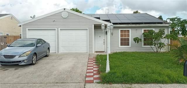 7711 Ashwood Ln, Lake Worth, FL 33467 (MLS #A10943690) :: Prestige Realty Group