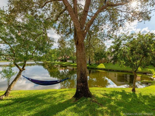 10070 NW 3rd St, Plantation, FL 33324 (MLS #A10943853) :: United Realty Group