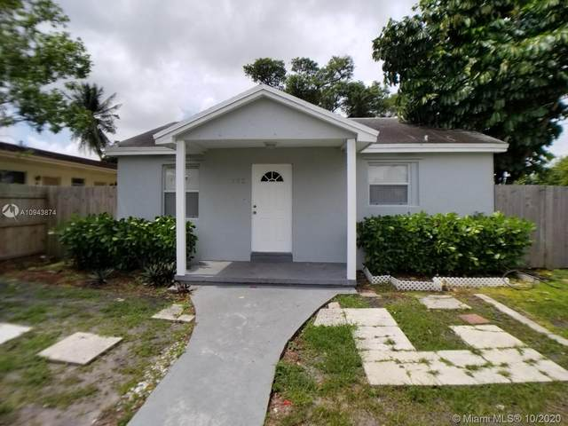 722 Glenn Pkwy, Hollywood, FL 33021 (MLS #A10943874) :: Albert Garcia Team