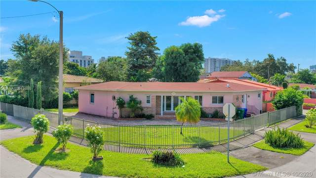 2880 SW 25th St, Miami, FL 33133 (MLS #A10943985) :: The Riley Smith Group