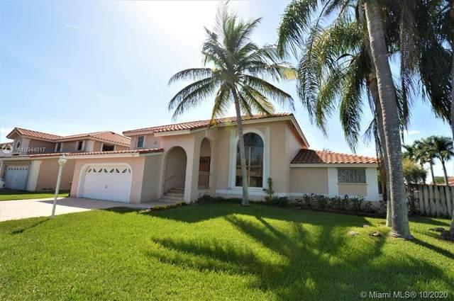 6841 Falconsgate Ave, Davie, FL 33331 (MLS #A10944017) :: Berkshire Hathaway HomeServices EWM Realty