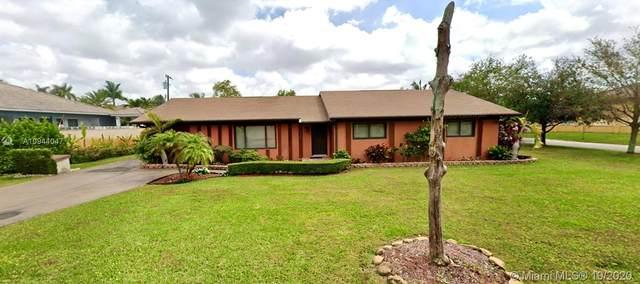 2700 NW 100th Ave, Doral, FL 33172 (MLS #A10944047) :: Dalton Wade Real Estate Group