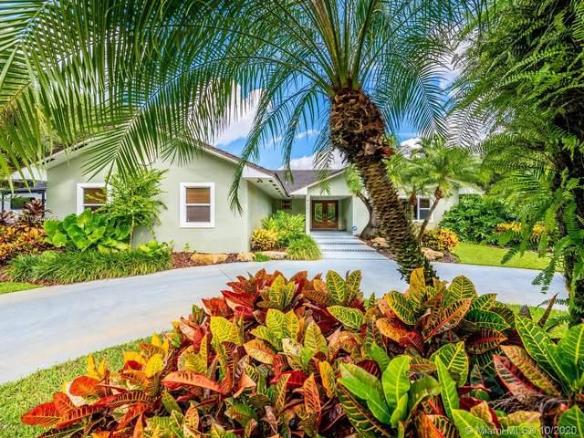 7001 SW 49th St, Davie, FL 33314 (MLS #A10944055) :: GK Realty Group LLC
