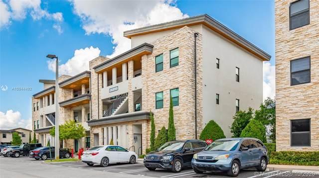 7865 NW 104th Ave #34, Doral, FL 33178 (MLS #A10944492) :: Dalton Wade Real Estate Group