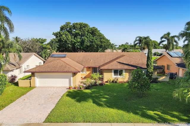 8441 SW 28th St, Davie, FL 33328 (MLS #A10944623) :: Berkshire Hathaway HomeServices EWM Realty