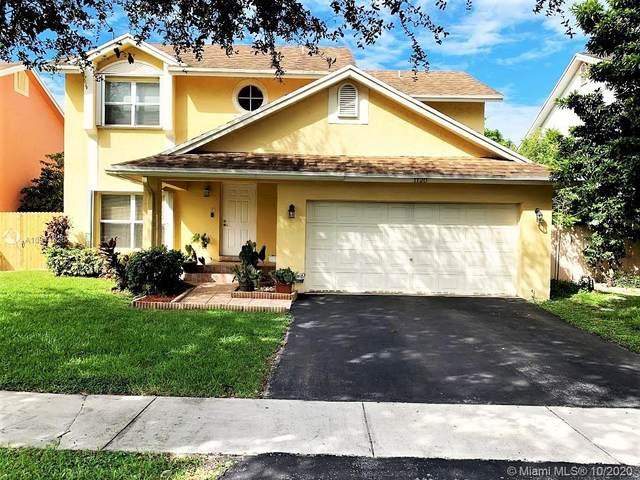 1120 SW 96th Ter, Pembroke Pines, FL 33025 (MLS #A10944628) :: Berkshire Hathaway HomeServices EWM Realty