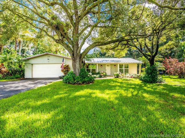 4150 SW 102nd Ave, Davie, FL 33328 (MLS #A10944914) :: Berkshire Hathaway HomeServices EWM Realty