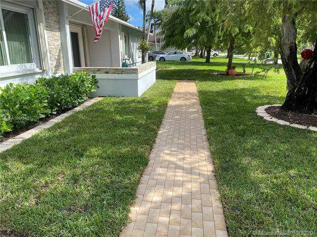 10945 SW 125th St, Miami, FL 33176 (MLS #A10945827) :: THE BANNON GROUP at RE/MAX CONSULTANTS REALTY I