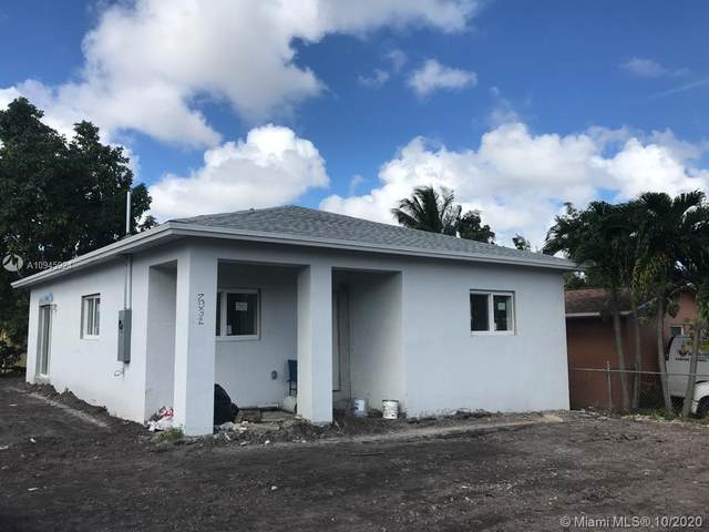 7932 NW 14th Ct, Miami, FL 33147 (MLS #A10945924) :: Ray De Leon with One Sotheby's International Realty