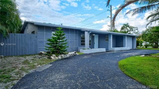 3251 NE 9th Ter, Pompano Beach, FL 33064 (MLS #A10947206) :: Berkshire Hathaway HomeServices EWM Realty