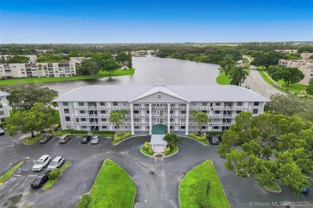 1532 Whitehall Dr #306, Davie, FL 33324 (MLS #A10947262) :: The Howland Group
