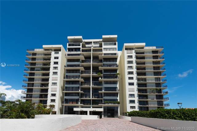 801 N Venetian Dr #1201, Miami, FL 33139 (MLS #A10947318) :: The Teri Arbogast Team at Keller Williams Partners SW