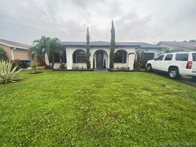 2539 NW 107th Ave, Sunrise, FL 33322 (MLS #A10947334) :: The Teri Arbogast Team at Keller Williams Partners SW