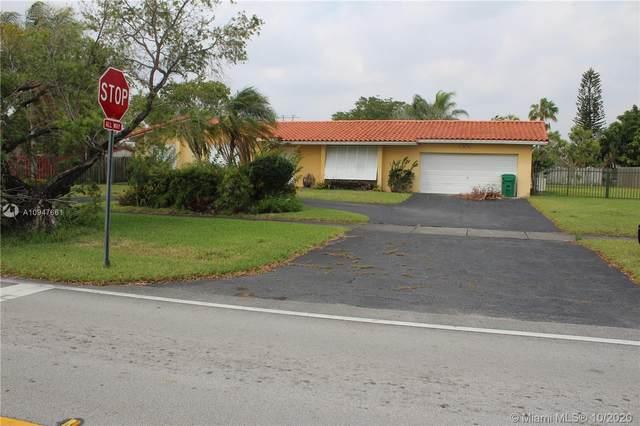 13120 SW 112th Ave, Miami, FL 33176 (MLS #A10947661) :: Berkshire Hathaway HomeServices EWM Realty