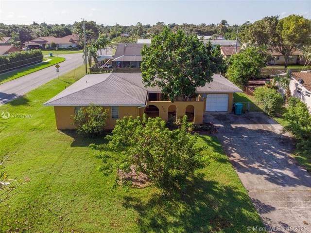 702 SW 23rd Terrace, Boynton Beach, FL 33435 (MLS #A10947697) :: The Riley Smith Group