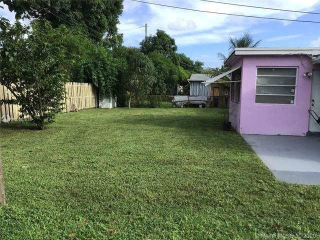 2240 NW 61st Ave, Sunrise, FL 33313 (MLS #A10947834) :: Re/Max PowerPro Realty