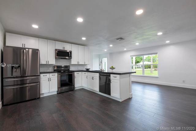 13792 N 52nd Ct N, West Palm Beach, FL 33411 (MLS #A10948341) :: The Jack Coden Group