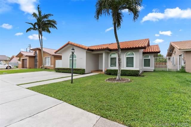 2474 SW 143rd Pl, Miami, FL 33175 (MLS #A10948440) :: The Azar Team