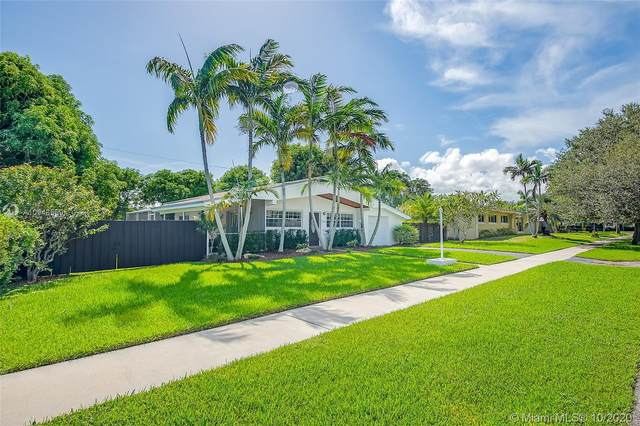 9360 SW 181st St, Palmetto Bay, FL 33157 (MLS #A10948559) :: Jo-Ann Forster Team