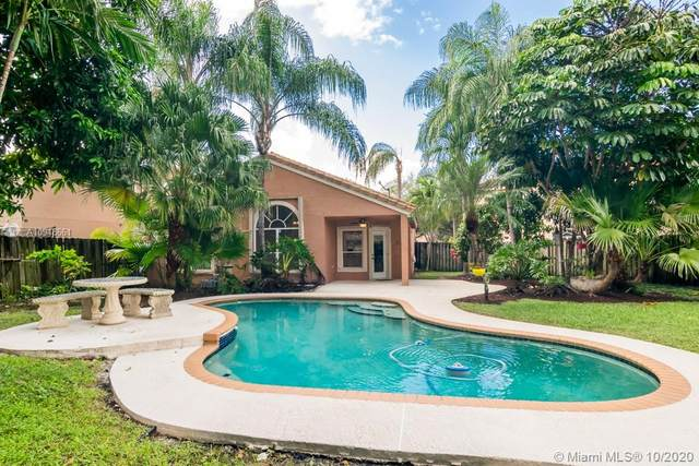 10808 Limeberry Dr, Cooper City, FL 33026 (MLS #A10948661) :: Search Broward Real Estate Team at RE/MAX Unique Realty