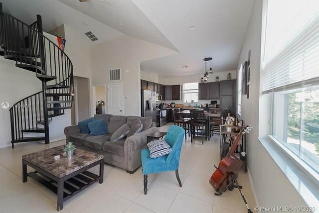 4342 Cascada Cir, Cooper City, FL 33024 (MLS #A10948735) :: Search Broward Real Estate Team at RE/MAX Unique Realty