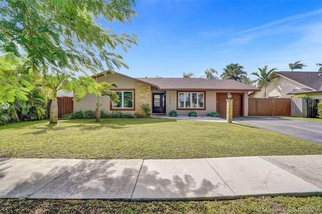 13272 SW 100th Ter, Miami, FL 33186 (MLS #A10948888) :: Berkshire Hathaway HomeServices EWM Realty