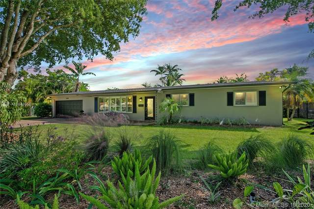 15751 SW 88 Ave, Palmetto Bay, FL 33157 (MLS #A10948956) :: Search Broward Real Estate Team at RE/MAX Unique Realty