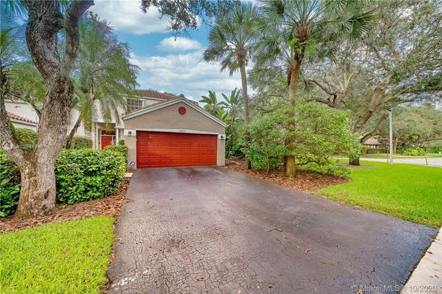 10921 NW 10th St, Plantation, FL 33322 (MLS #A10948988) :: Search Broward Real Estate Team at RE/MAX Unique Realty