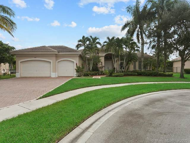 15360 SW 33rd St, Davie, FL 33331 (MLS #A10949244) :: Miami Villa Group