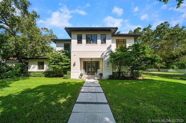 601 Gondoliere Ave, Coral Gables, FL 33143 (MLS #A10949569) :: The Pearl Realty Group