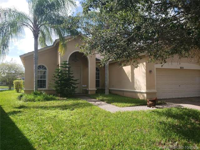 19238 Crystal St, Weston, FL 33332 (MLS #A10949835) :: The Paiz Group