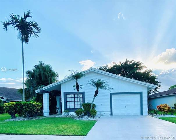 10108 Camelback Ln, Boca Raton, FL 33498 (MLS #A10949895) :: Prestige Realty Group