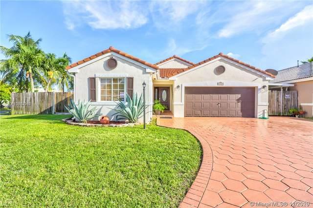 15764 SW 82 St, Miami, FL 33193 (MLS #A10949965) :: Miami Villa Group