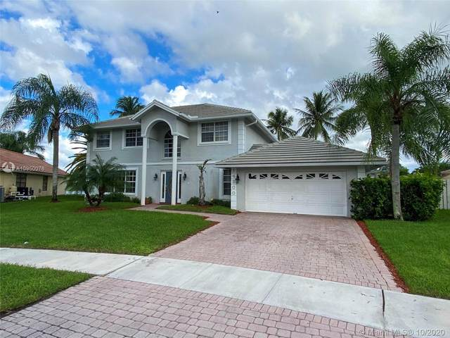 14200 Somerset Pl, Davie, FL 33325 (MLS #A10950076) :: Search Broward Real Estate Team at RE/MAX Unique Realty