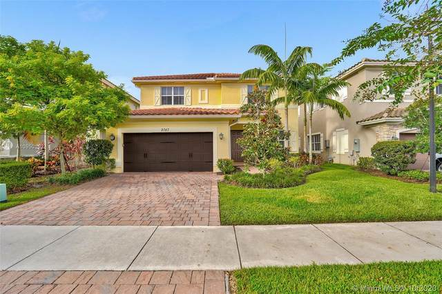 9747 Blue Isle Bay, Parkland, FL 33076 (MLS #A10950102) :: Prestige Realty Group