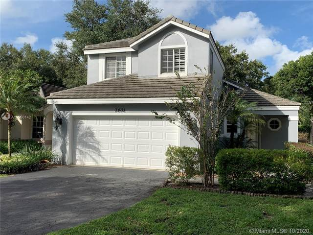 2621 W Lake Park Cir W, Davie, FL 33328 (MLS #A10950142) :: THE BANNON GROUP at RE/MAX CONSULTANTS REALTY I
