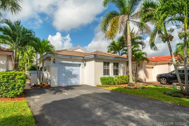 189 NW 75th Ter, Plantation, FL 33317 (MLS #A10950204) :: The Howland Group