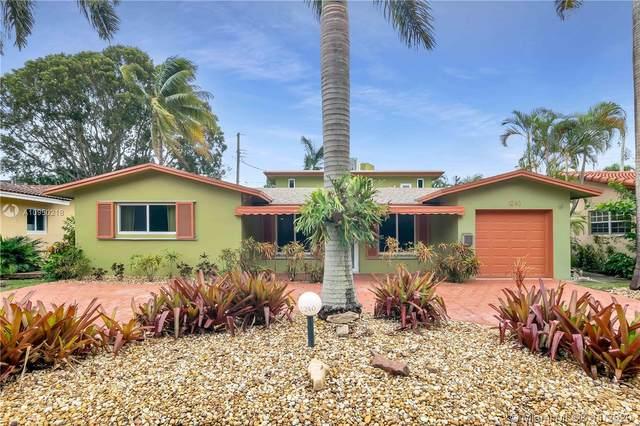 1240 Arthur St, Hollywood, FL 33019 (MLS #A10950218) :: Berkshire Hathaway HomeServices EWM Realty