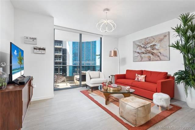 1000 Brickell Plz #4605, Miami, FL 33131 (MLS #A10950358) :: Castelli Real Estate Services