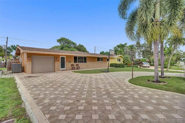 8871 NW 10th St, Pembroke Pines, FL 33024 (MLS #A10950566) :: Miami Villa Group